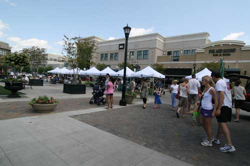 North Hills Farmers' Market
