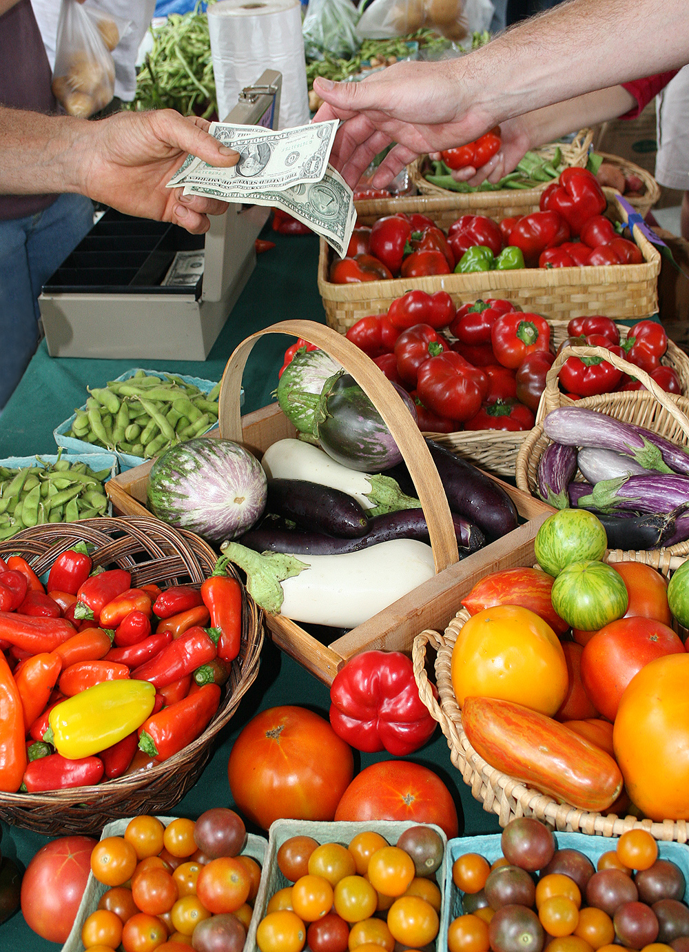 Image of local produce at the farmers' market